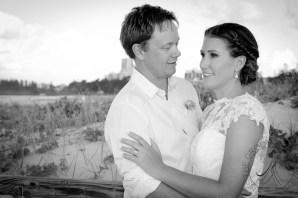 pat-fagan-park-kirra-beach-wedding-kiss-the-groom-photography-0838