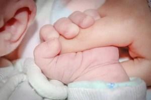 Nama Bayi Perempuan Pintar