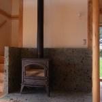薪ストーブ炉台 大谷石積み