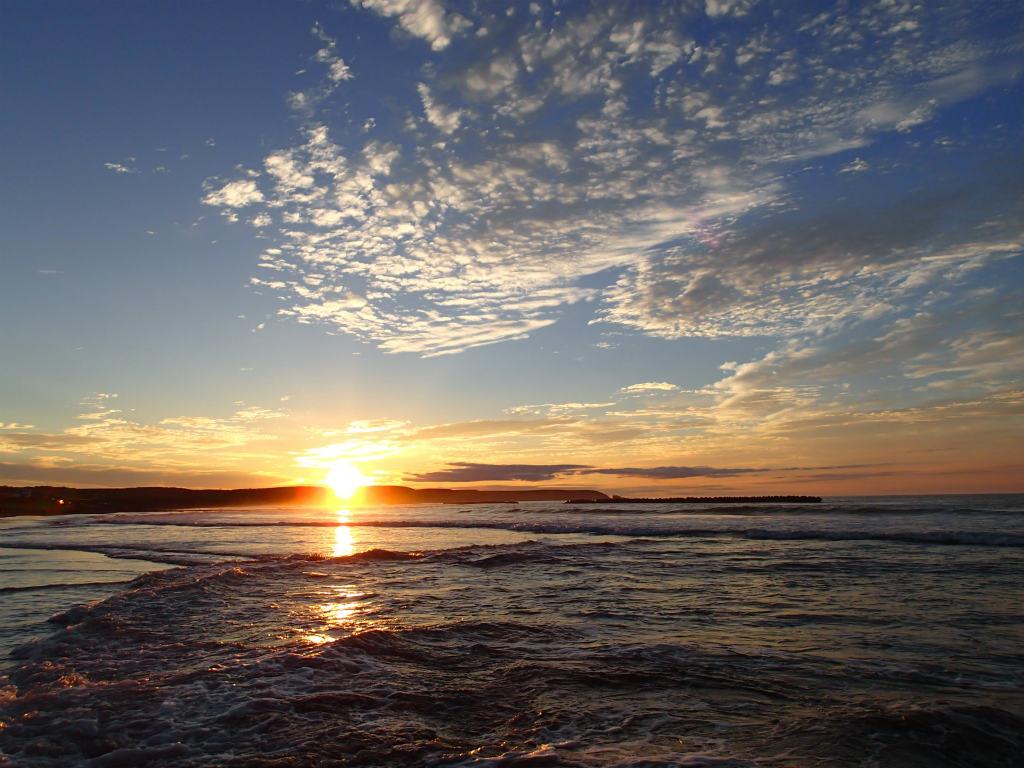 8月朝焼けの太平洋!海アメマスにチャレンジ!カラフトマスは?