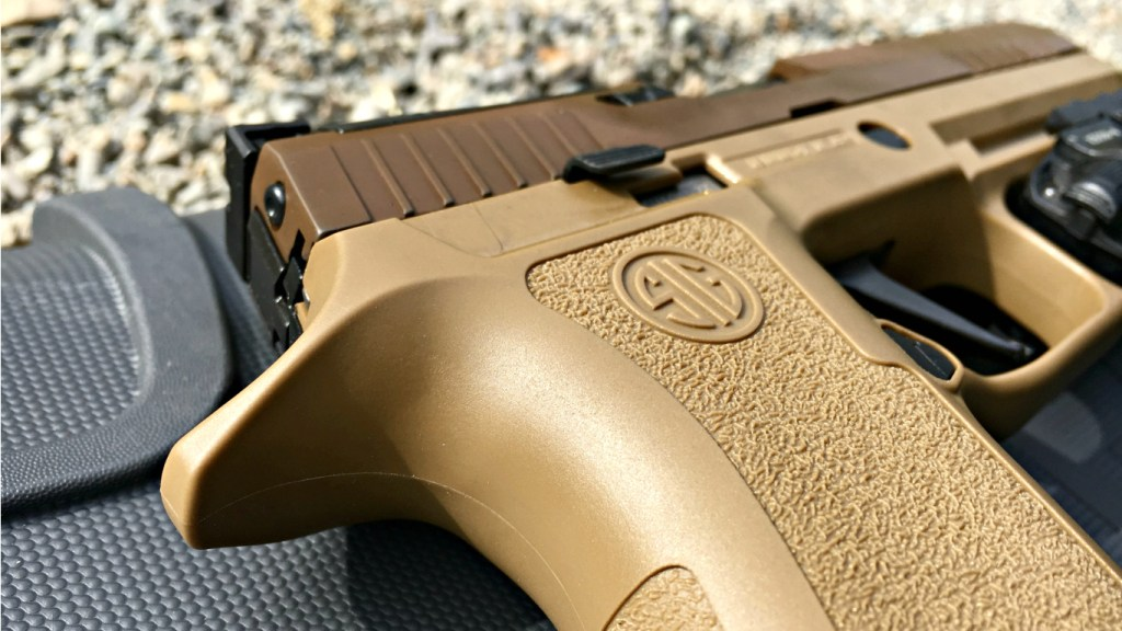 1st Look: Sig P320 X5 Coyote   Kit Badger