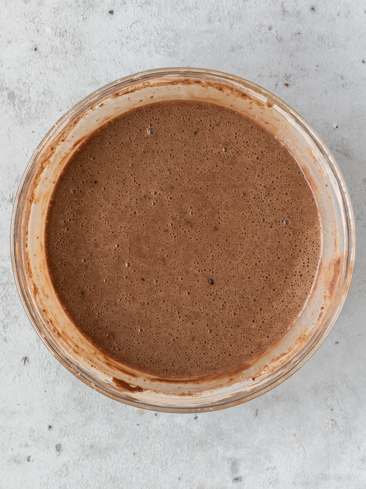 The fully combined cake batter