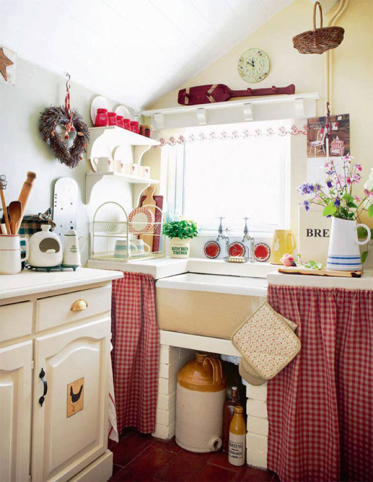 Pinspiring Photos: Ideas That Work for Small Kitchens ... on Small Kitchen Ideas  id=35125