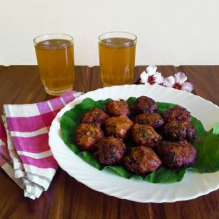 Spicy Collard Nuggets with Lime Tea