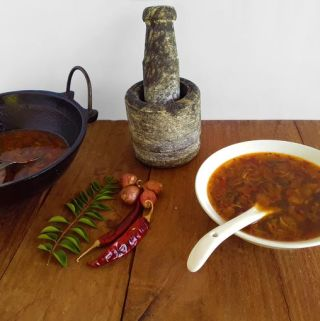 Shallot Rasam – A simple Kerala pouring curry (Vegan + Gluten Free)