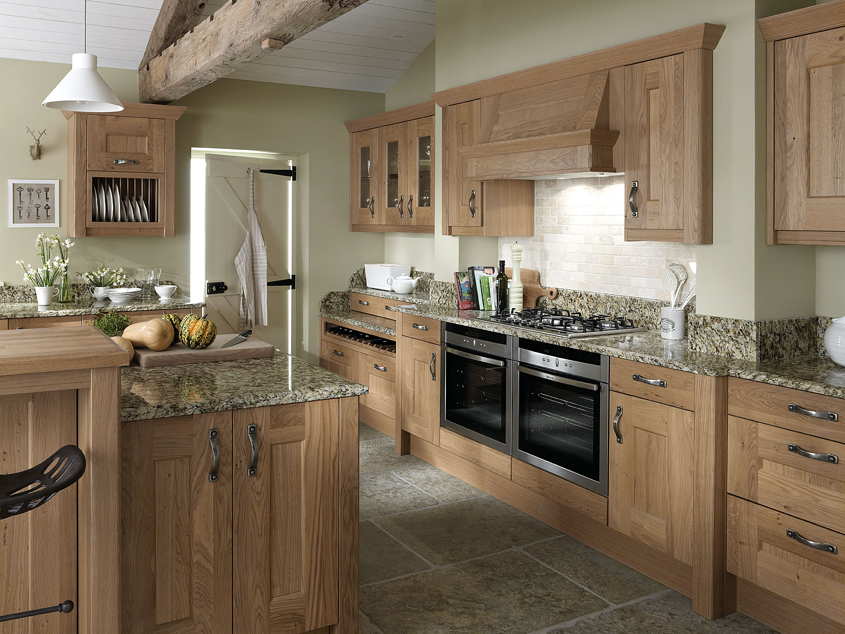 traditional kitchen design - oak kitchens - traditional ... on Traditional Kitchen Decor  id=57618