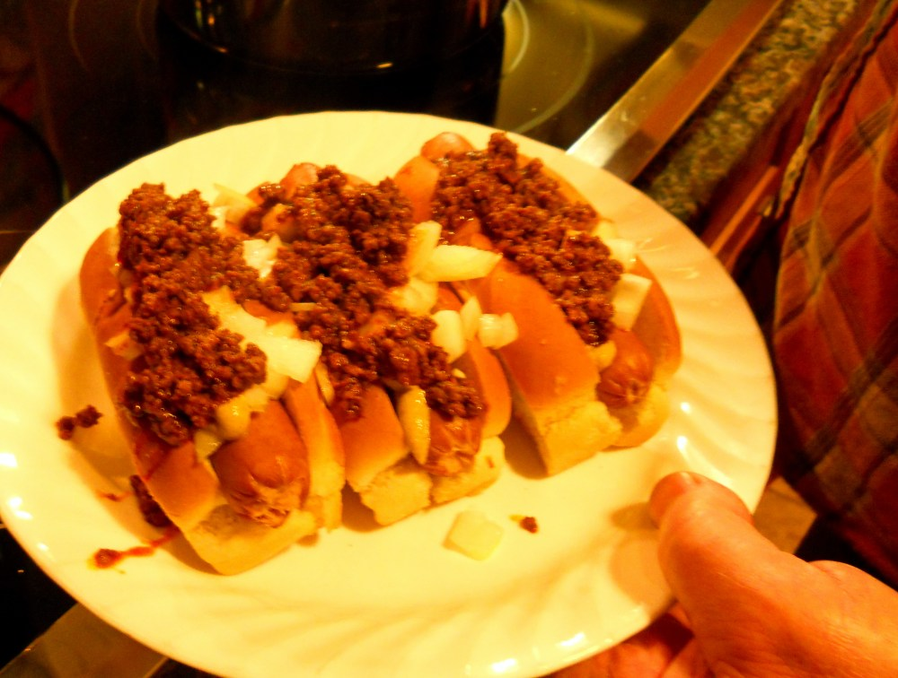"""HOT DOG! Frankly, Any Dog with """"The Works"""" Deserves this Meat Sauce! (1/6)"""