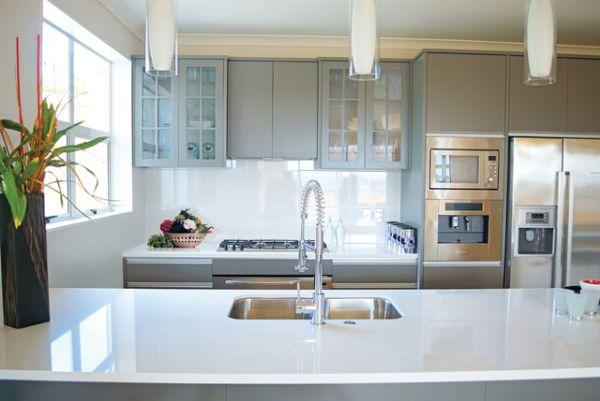 kitchen countertop organized (3)