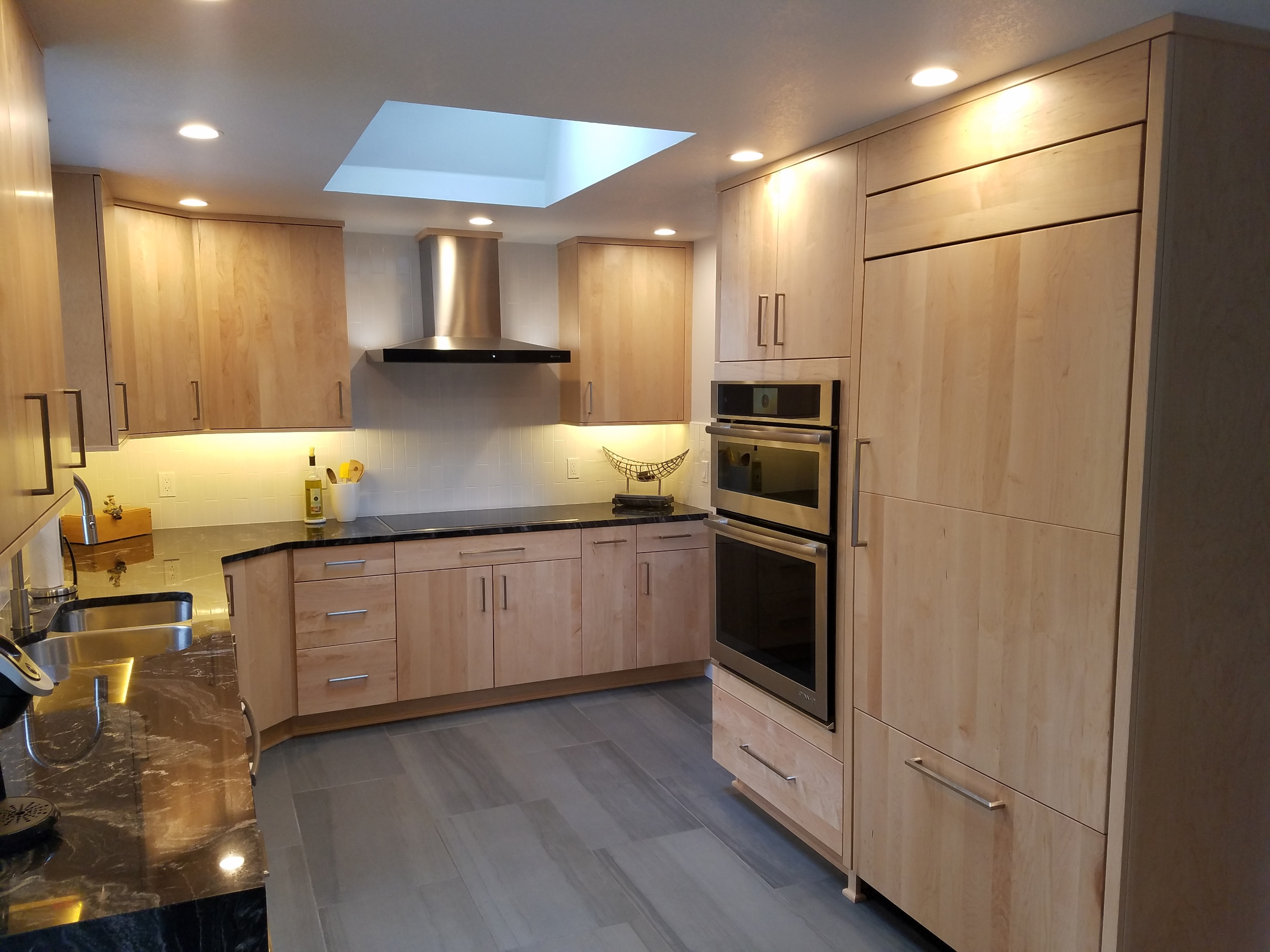 Maple Kitchens - Kitchen Concepts LLC on Natural Maple Cabinets With Quartz Countertops  id=86255