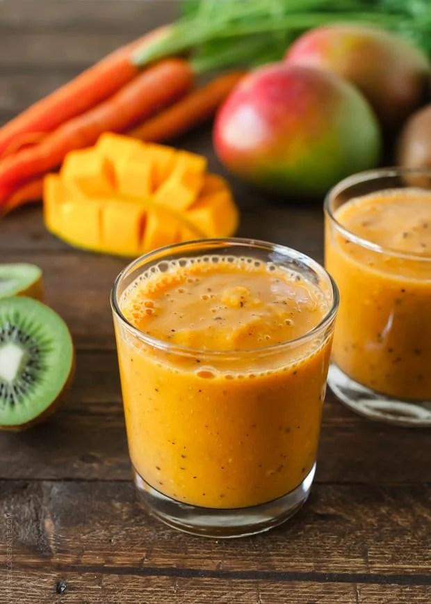 Carrot Mango and Kiwi Smoothie | www.kitchenconfidante.com