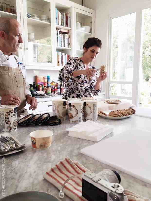 Tiffani Thiessen makes ice cream sandwiches.