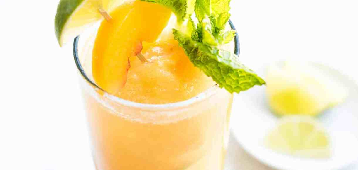 Peach Sorbet Mojito Float - it's a vacation in a glass! This float is made for grown ups!