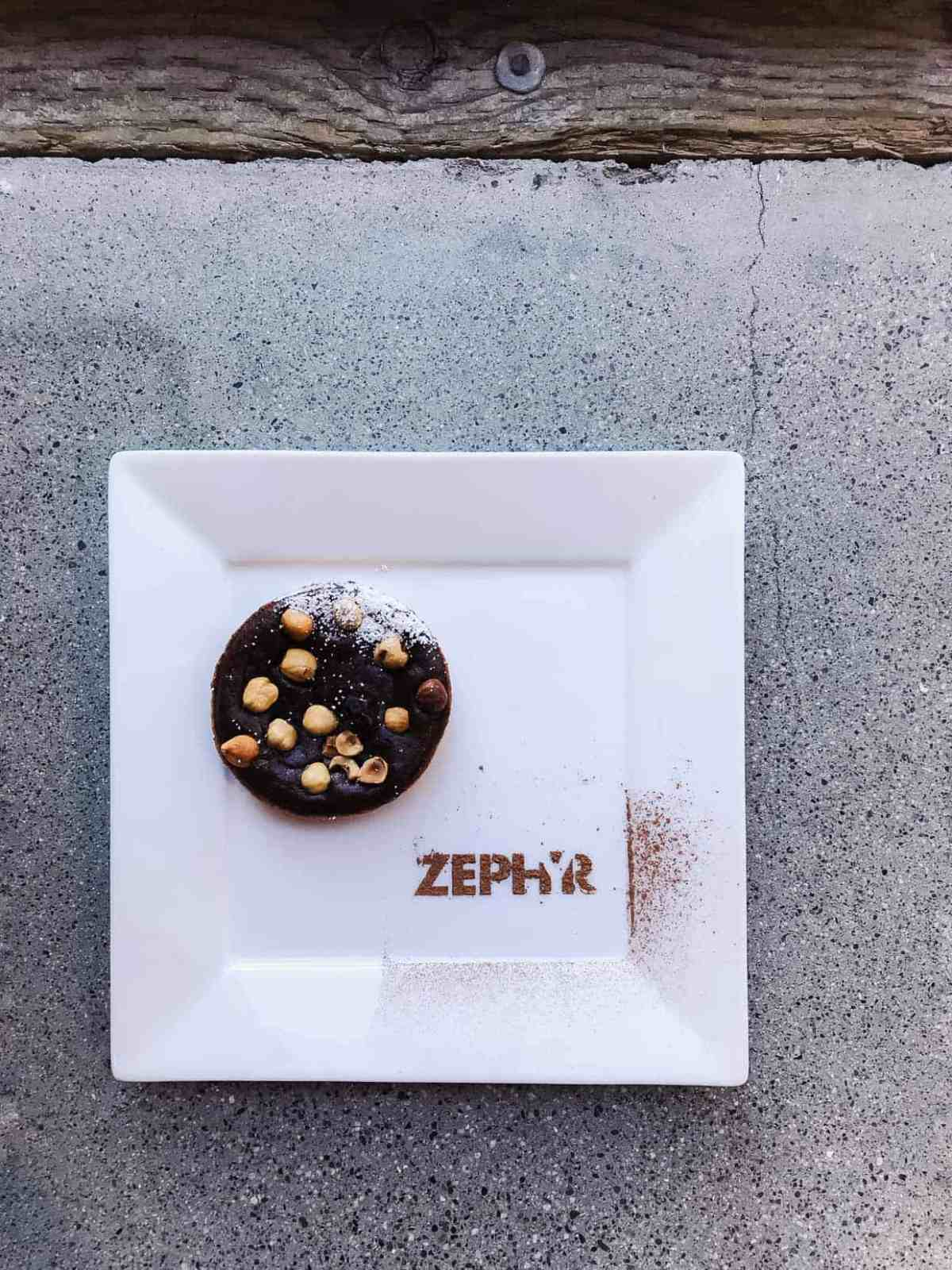Dessert at Zephyr Showroom and the Zephyr Designer Retreat. #sponsored by Zephyr Ventilation. #ZephyrDesignTribe #ZephyrDesignerRetreat2017.