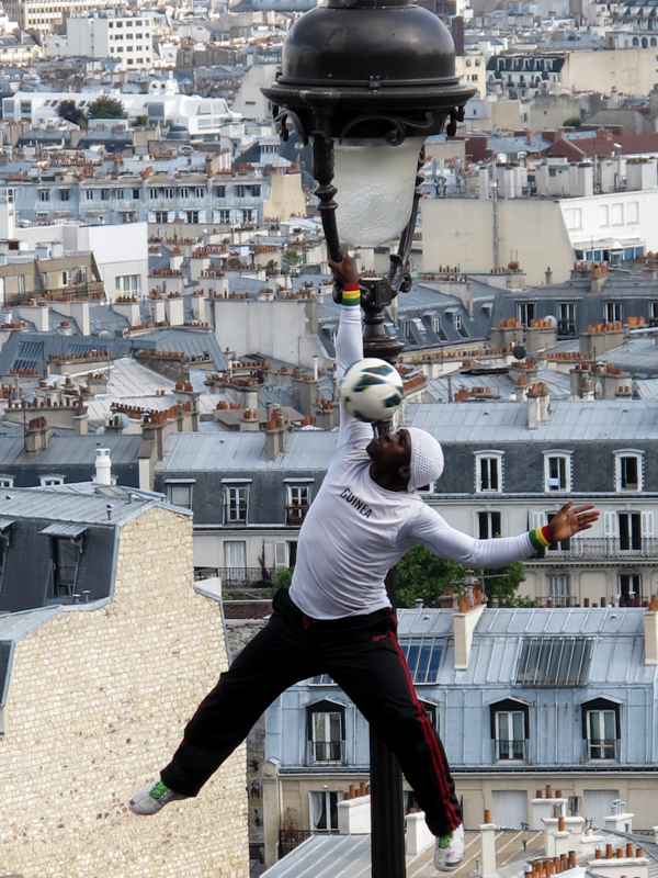 Paris -0100