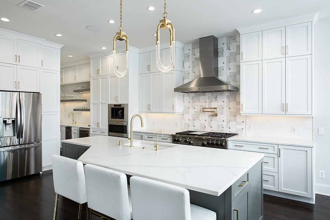 First Friday Feature: An Updated and Modern Kitchen ... on Modern Kitchen Design Ideas  id=37115