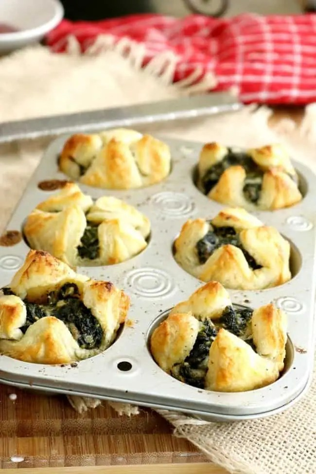 Spinach Puffs fresh from the oven