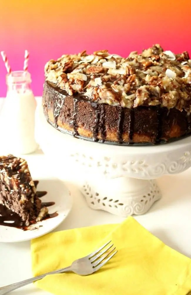 Overview of a german chocolate cheesecake.