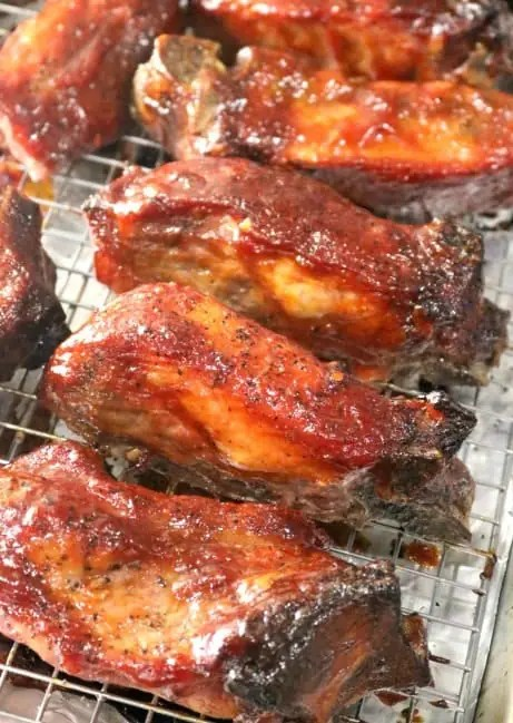 the country pork ribs have finished baking and are ready to serve.