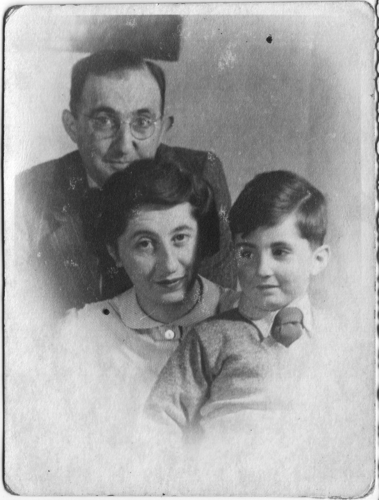 Kitchener camp, Theo Stern and his family, late 1940s