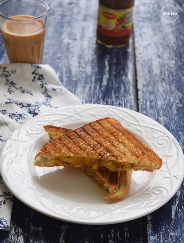 Curried Aloo Methi Grilled Sandwiches