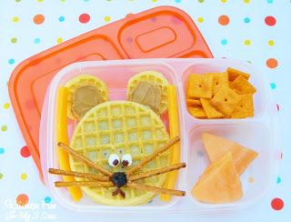 Eggo PB&J Mouse Lunch