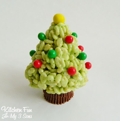 Here is the tree without the skirt