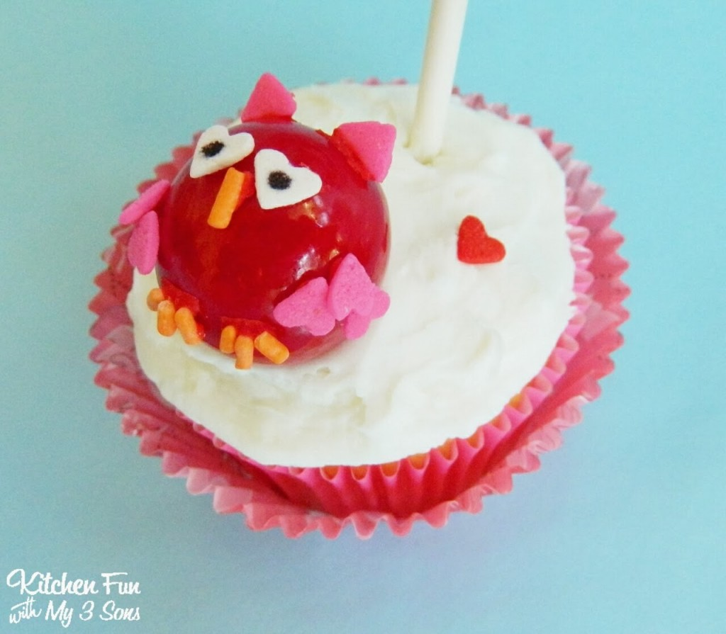 Easy Valentine Owl Cupcake Side View