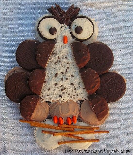 Owl Pull-Apart Cake