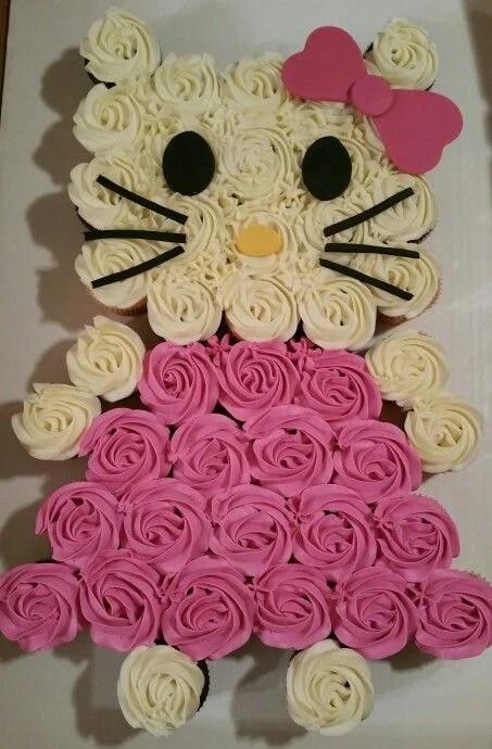 Hello Kitty Pull-Apart Cupcake Cake