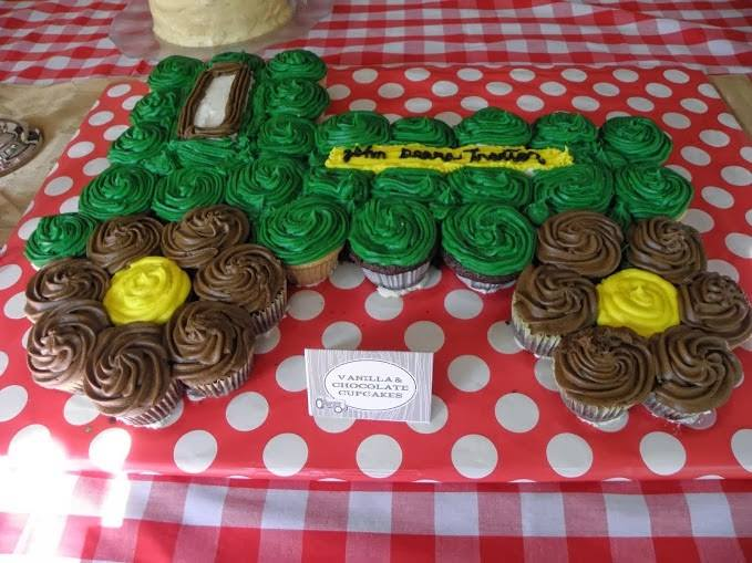 John Deere Tractor Pull-Apart Cake