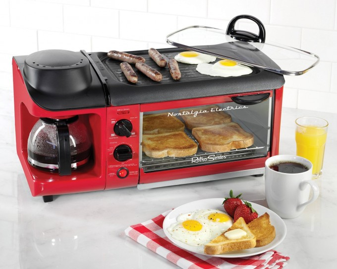 Breakfast Station all in One! Great Camping idea!
