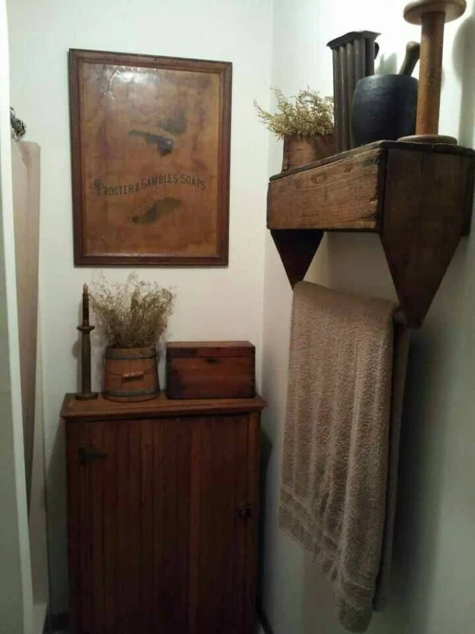 Turn an Old Wooden Toolbox into a Rustic Bathroom Shelf...these are the BEST Upcycled & Repurposed Ideas!