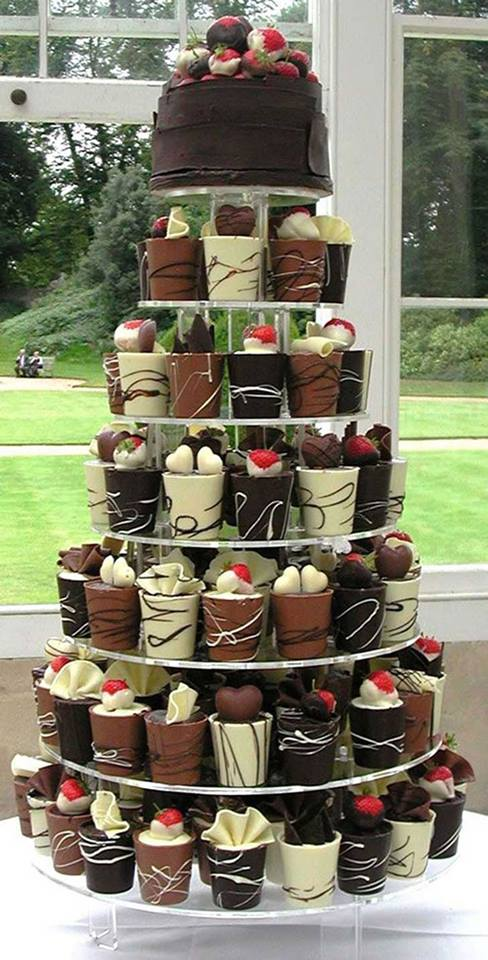 Individual Cupcake Wedding Cake...these are the BEST Cupcake Ideas!