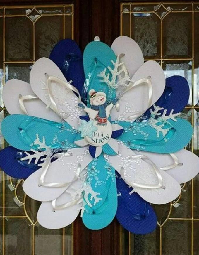 Flip Flop Snowman Wreath...these are the BEST DIY Christmas Wreath Ideas!