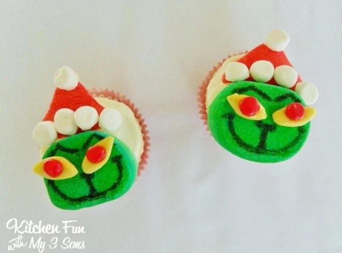 Marshmallow Grinch Cupcake Toppers