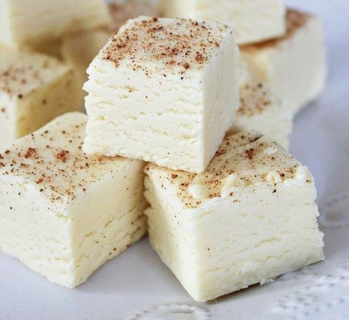 Eggnog Fudge...these are the BEST Christmas Treats!