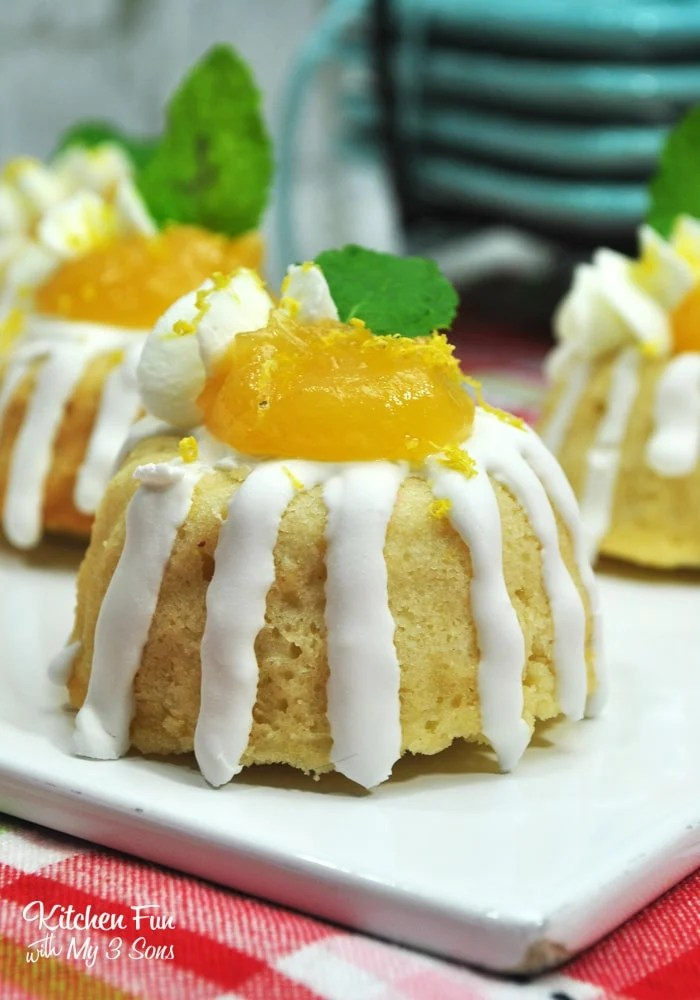 Mini Lemon Cakes