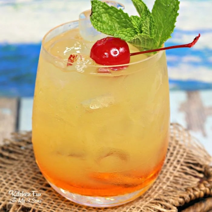 This Hawaiian Hammer drink is a yummy summer cocktail full of tropic flavors. It's easy to make and tastes delicious!