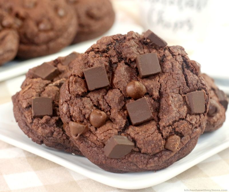 Levian Double Chocolate Chip Cookies