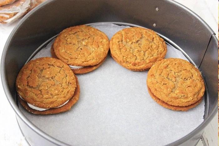 Oatmeal Cream Pie Cheesecake