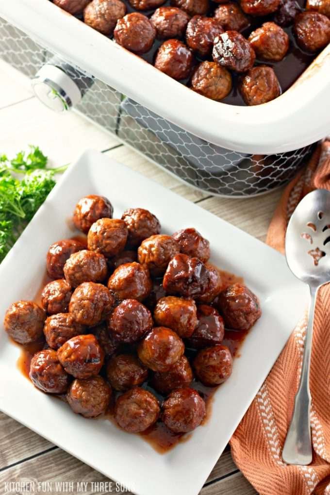 Easy Grape Jelly Meatballs for a Crowd ready to be served