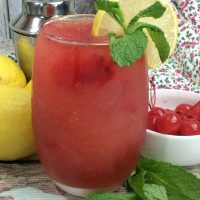 Boozy cherry lemonade