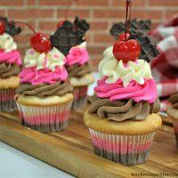 Layered Neapolitan Cupcakes