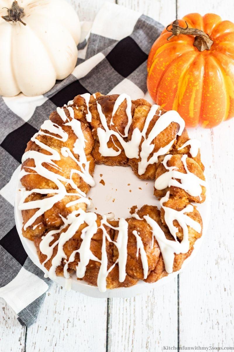 Pumpkin Spice Monkey Bread Recipe