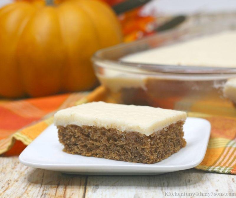 Caramel Apple Texas Sheet Cake on a serving plate.