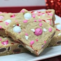 Valentine Peanut Butter Cookie Bars