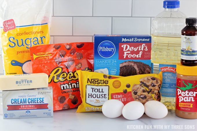 ingredients to make Reese's Peanut Butter Earthquake Cake.