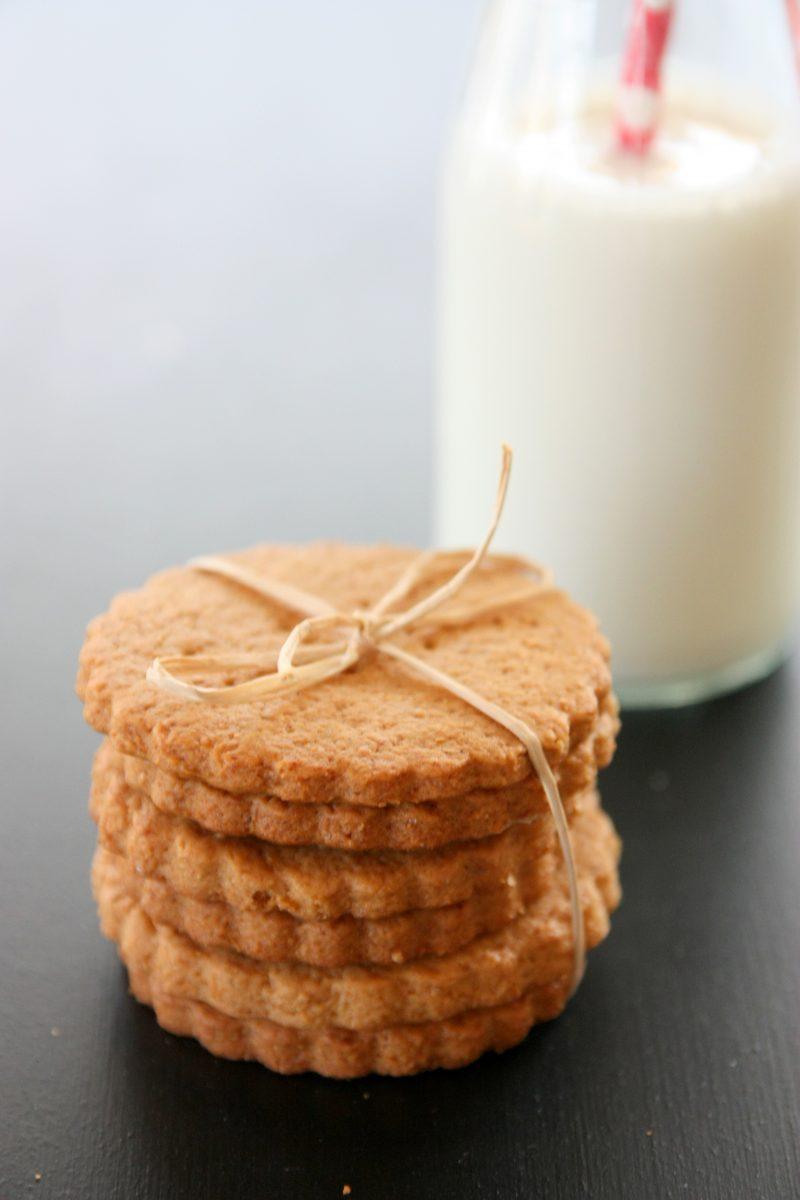 Ev Yapımı Yulaflı Bisküvi (Graham Crackers)
