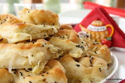 Pırasalı ve Peynirli Gül Böreği