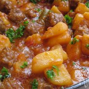 Hongaarse goulash zonder paprika